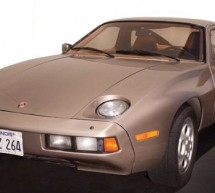 Tom Cruise driven Porsche 928 from Risky Business movie to hit the block