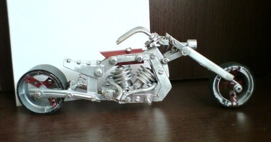 Scale souvenir motorbike models 14