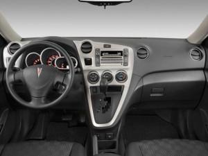 2010-pontiac-vibe-4-door-hb-fwd-w-1sa-dashboard_100246107_m