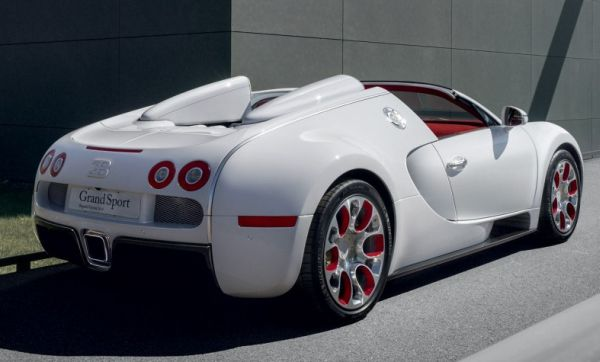 bugatti veyron the beautiful beast and things that people don t know about it auto chunk. Black Bedroom Furniture Sets. Home Design Ideas