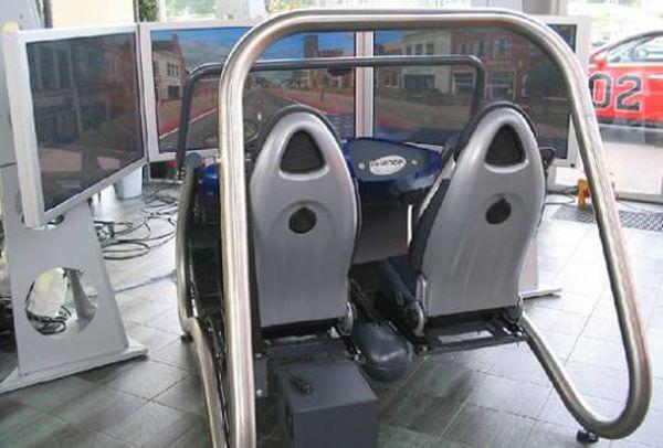 davinci-driving-simulator-rig2_YYrUv_5784