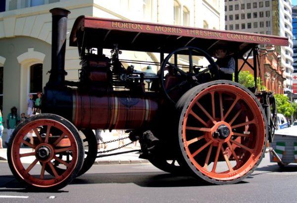 steam-tractors-steampunk-423862832_6186bce247_b