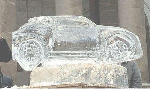 Alfa-Romeos-MiTo-in-Ice