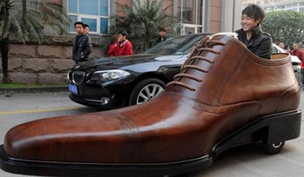 The-Kang-Shoe-mobile