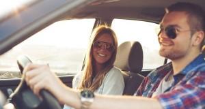 GIRLFRIEND IN CAR