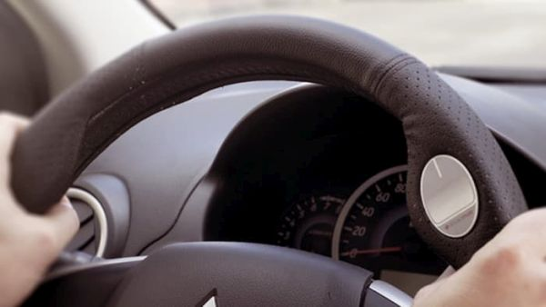 Radiomize touchpad steering wheel cover  (1)