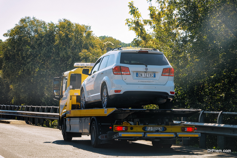 Flatbed Car Towing