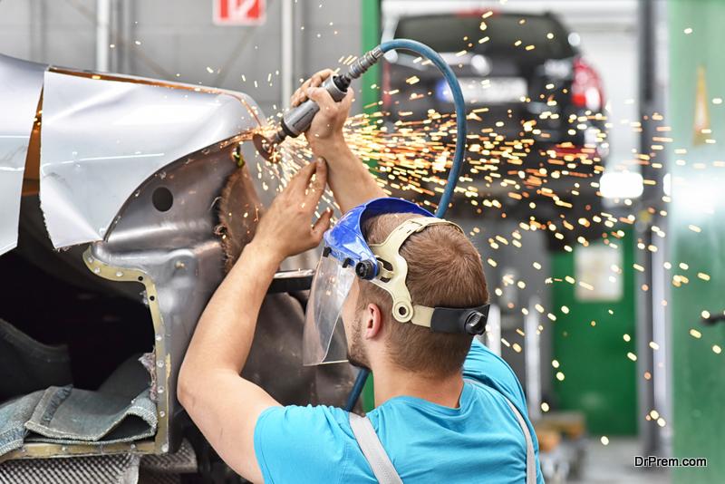 Hiring An Expert to Repair Damaged Car Part
