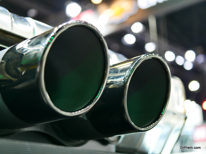 Exhaust double pipe