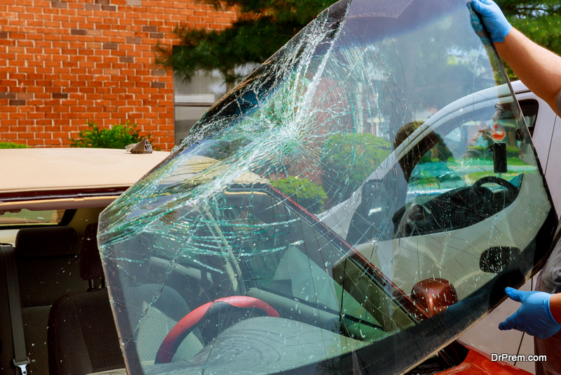 Repair and Replace Cracked Windshield in Abbotsford